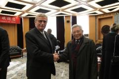 Prof. Dr. Zhang Yushu, Mitglied unseres wissenschaftlichen Beirates, mit Hildemar Holl