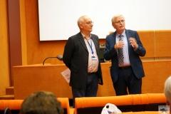 Hildemar Holl dankt Denis Huber im Europarat für sein Referat